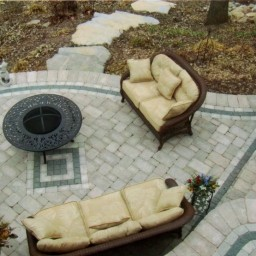 Patio with triple border and Accent in middle